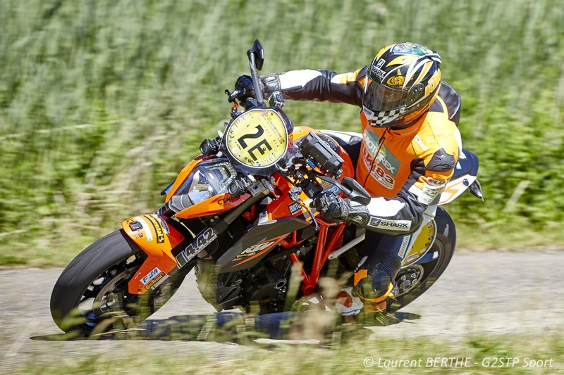 laurent filleton, ktm team France, sur ktm 1290 super duke R CTM 83