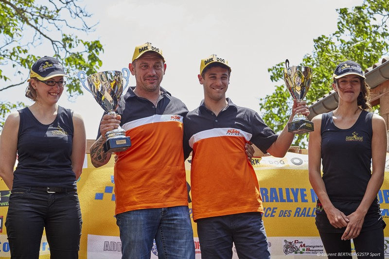 ktm team france laurent filleton et florent derrien sur le dark dog rallye moto tour avec ctm 83