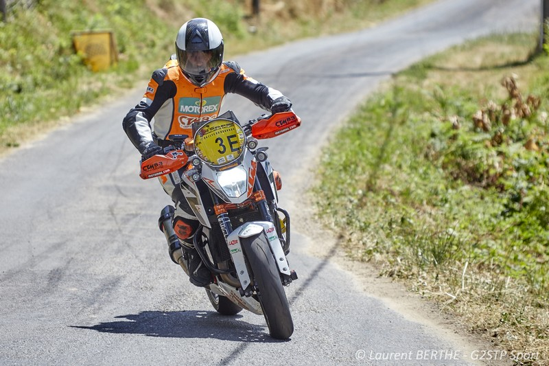 FLORENT DERRIEN KTM TEAM FRANCE CHAMPION DE FRANCE CATEGORIE MONOS SUR SA KTM 690 DUKE R